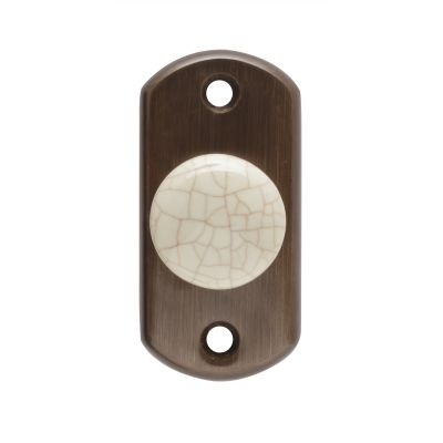 40000321-wardrobe-pull-on-small-plate-with-craquele-porcelain-knob-in-leather